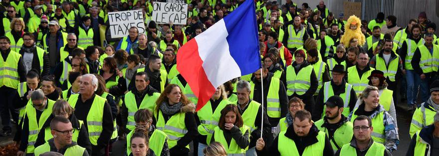 FRANCE-SOCIAL-POLITICS-ENVIRONMENT-OIL